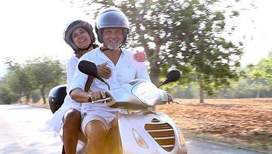 Serviço de desodorização por ozono para capacetes de mota