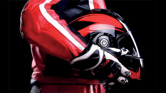 Servicio de limpieza de cascos de moto